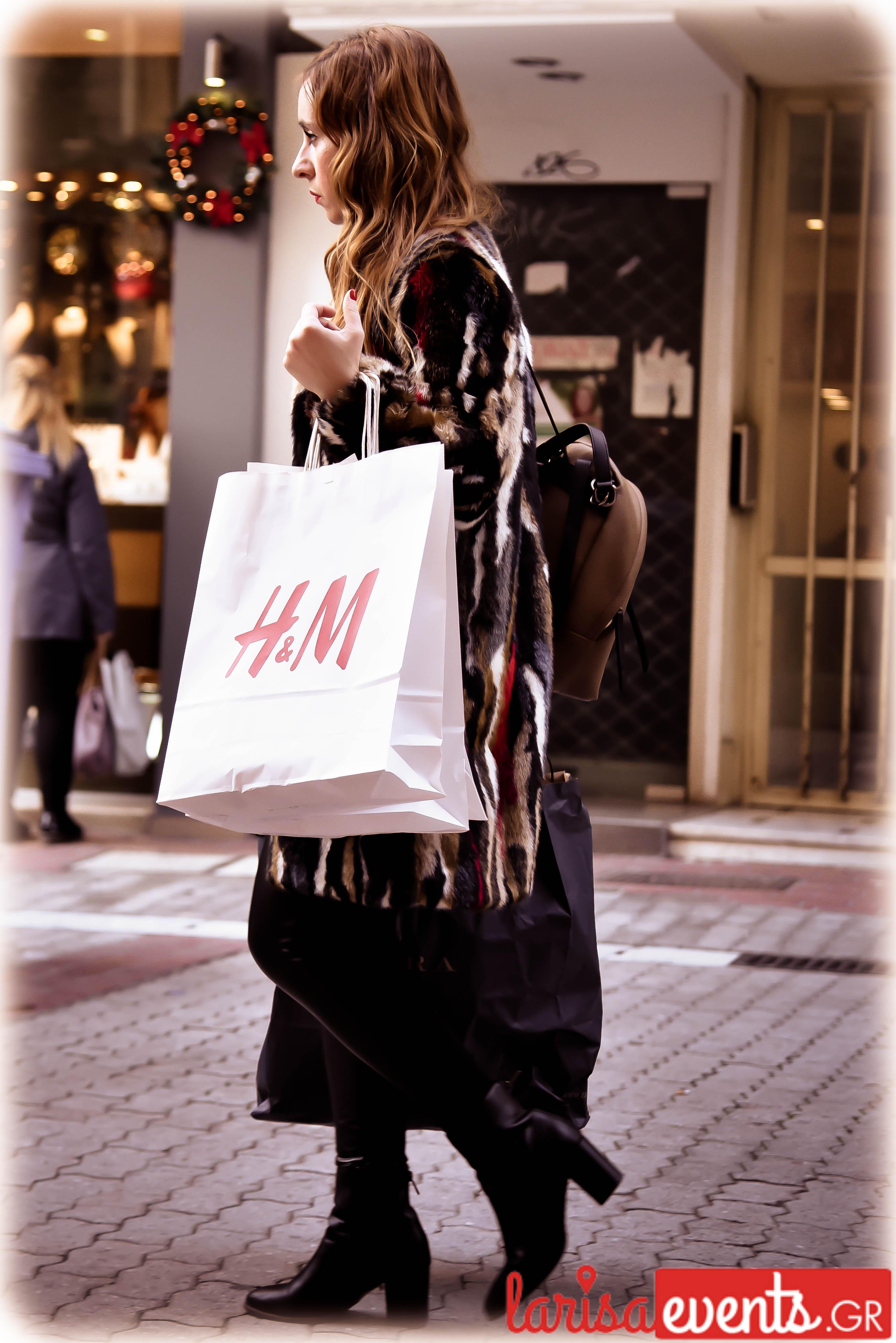 LAZ 4858 - Το fashion κομμάτι που προτίμησαν περισσότερο απ' όλα οι Λαρισαίες φέτος!