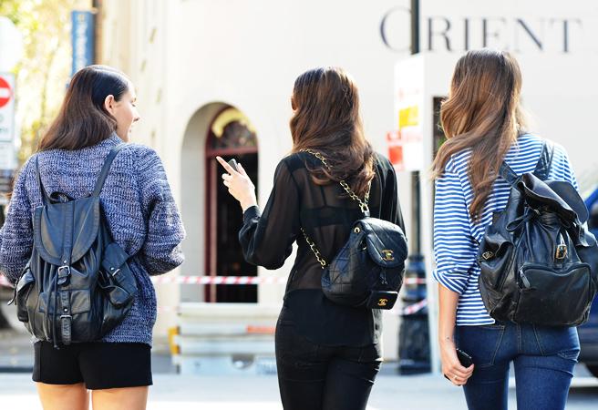 1 - 5 βασικά κομμάτια που κάθε stylish κορίτσι θα πρέπει να έχει στην γκαρνταρόμπα του αυτό το χειμώνα!