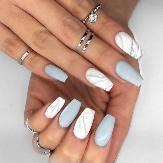 26682517 048b39bacd9d23c9cce1f2f3b0b30369 - 5 βήματα για να πετύχεις μόνη σου τα marble nails