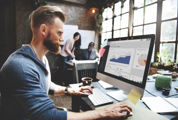 business-marketing-mobile-imac-apple-praktiki-ergasia-douleia-job-620x420
