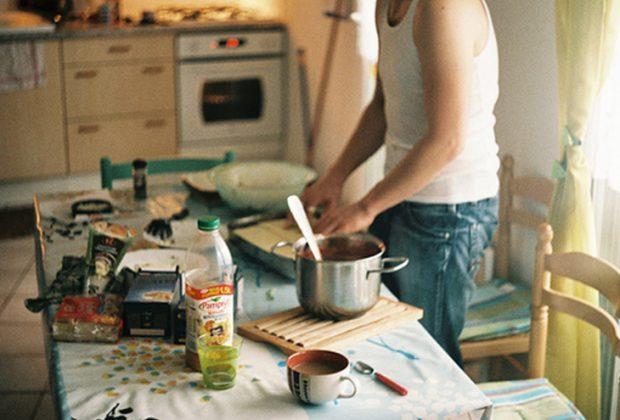 man-cooking-620x420