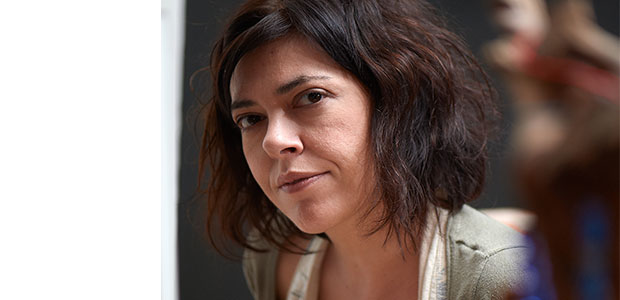 "sofia karagianni - ""Οφσάιντ"" στο Θεσσαλικό θέατρο"