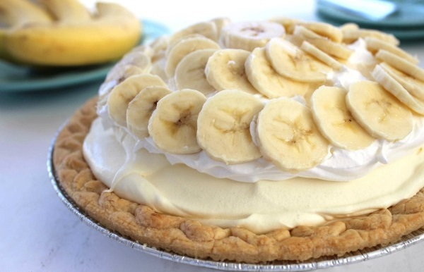 Εύκολη τάρτα με μπανάνες - Φτιάξε εύκολη τάρτα με μπανάνες για το απογευματινό γλυκάκι