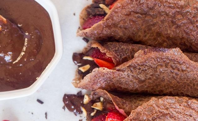 Σοκολάτενιες κρέπες - Τι θα έλεγες σήμερα να φτιάξεις σοκολατένιες κρέπες;