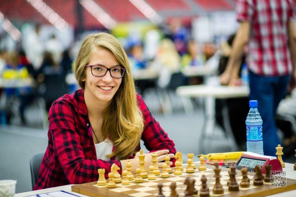 σκακι2 1024x683 - Ένας εναντίον 30 σκακιστών στο Μύλο του Παππά