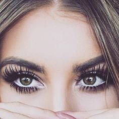 85aa2743e0c0affe9236be288ae32914 - TREND ALERT: Eyelash Extensions- Όσα πρέπει να ξέρεις!