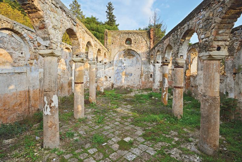 Ναός των Αγίων Αναργύρων στη Ζωοδόχο Πηγή Φαρσάλων. Φωτογραφία: Σπύρος Μακρυγιάννης