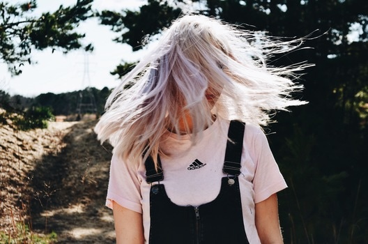 mallia - 5 λόγοι για να λούζεις (τελικά) τα μαλλιά σου καθημερινά!