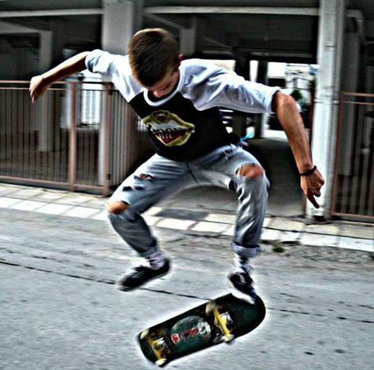 05759904571 1189273539 n - Χρήστος Κώτσιου | Η Λάρισα, το skateboard και αυτός