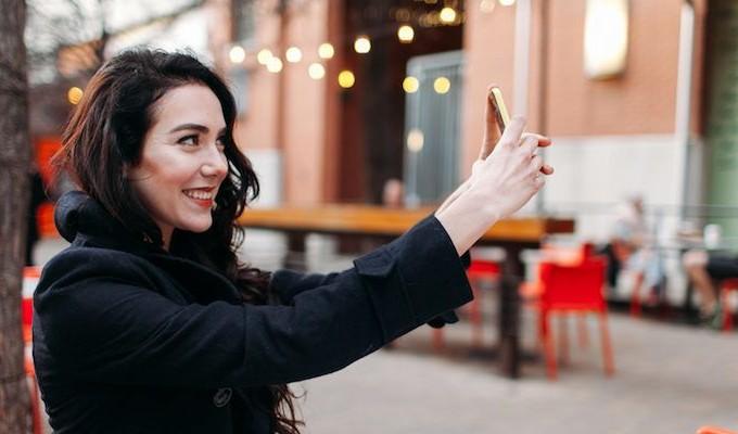 800x400 selfies - 8 πράγματα που κάνεις στο instagram και τον ξενερώνεις