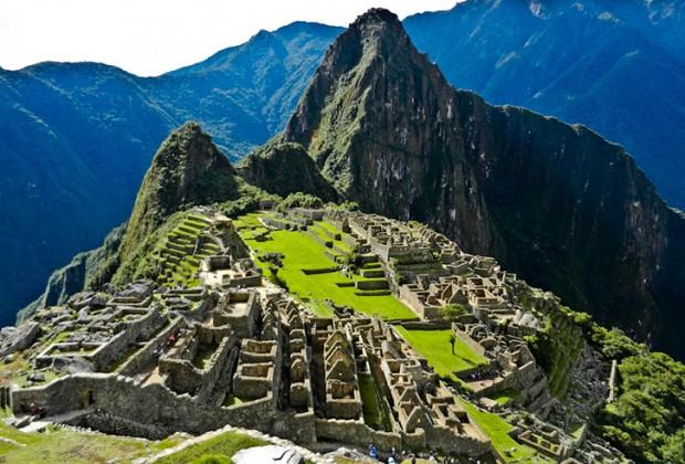 Machu Pichu Peru 1 620x420 - Τα 16 ταξίδια που πρέπει να κάνει ο καθένας μας πριν ...30αρίσει!