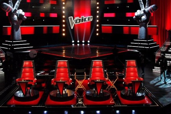 o NBC THE VOICE facebook - Ο Λαρισαίος που λάτρεψαν και οι 4 κριτές του Voice!