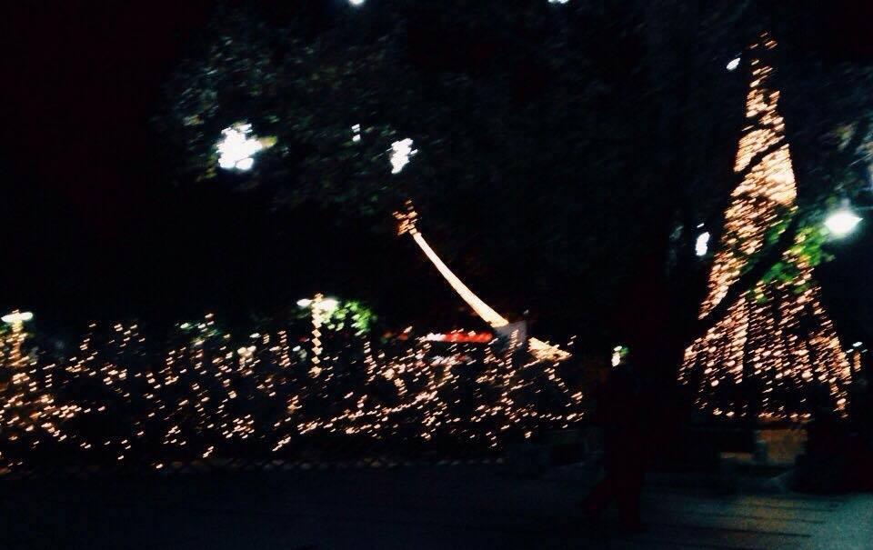 εδω - Τα Χριστούγεννα πάντα θα σου λείπει κάποιος...