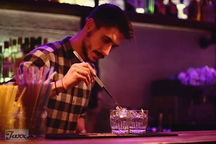 "15417045 10209994122081050 1638813693 n - Ο Λαρισαίος barman του ""Jaxx"""