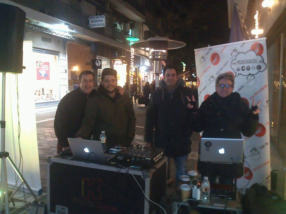 15541172 1189354577780314 7546831541181794262 n - DJs θα παίξουν Χριστουγεννιάτικη μουσική στην πόλη