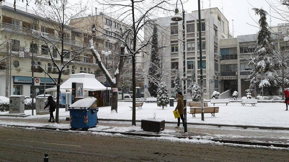 15978694 10207626002079030 603344991 n - ΕΚΤΑΚΤΗ ΕΠΙΚΑΙΡΟΤΗΤΑ- Tο έστρωσε ξανά στη  Λάρισα – Η χιονόπτωση συνεχίζεται