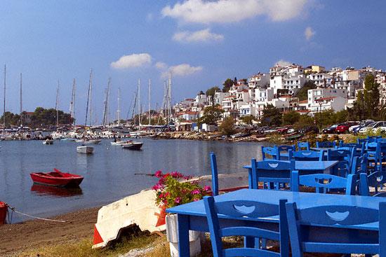 Πόλη Σκιάθου 6 - Θεσσαλία: Ο τουρισμός αναπτύσσεται με μόλις τρεις υπαλλήλους του ΕΟΤ