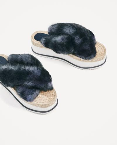 1490201010 2 6 1 - Slippers: Η νέα πιο hot τάση στις παντόφλες…που διχάζει