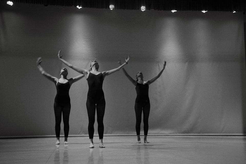 18199106 734659976705356 3153418253868763904 n - Χορευτική πανδαισία σε σύγχρονη φόρμα στη Σκηνή Μπαλέτου