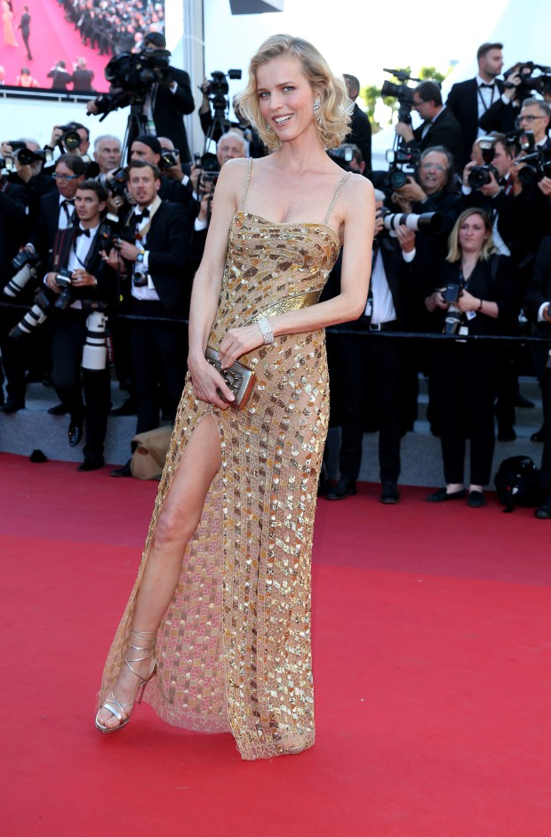 2017 05 18 6843247063 - Cannes 2017: Δες τι φόρεσαν οι celebrities