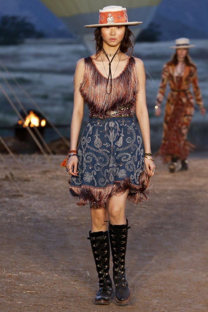 IMG 7005 683x1024 - Christian Dior cruise 2018: Όταν τα cowgirls κάνουν πασαρέλα