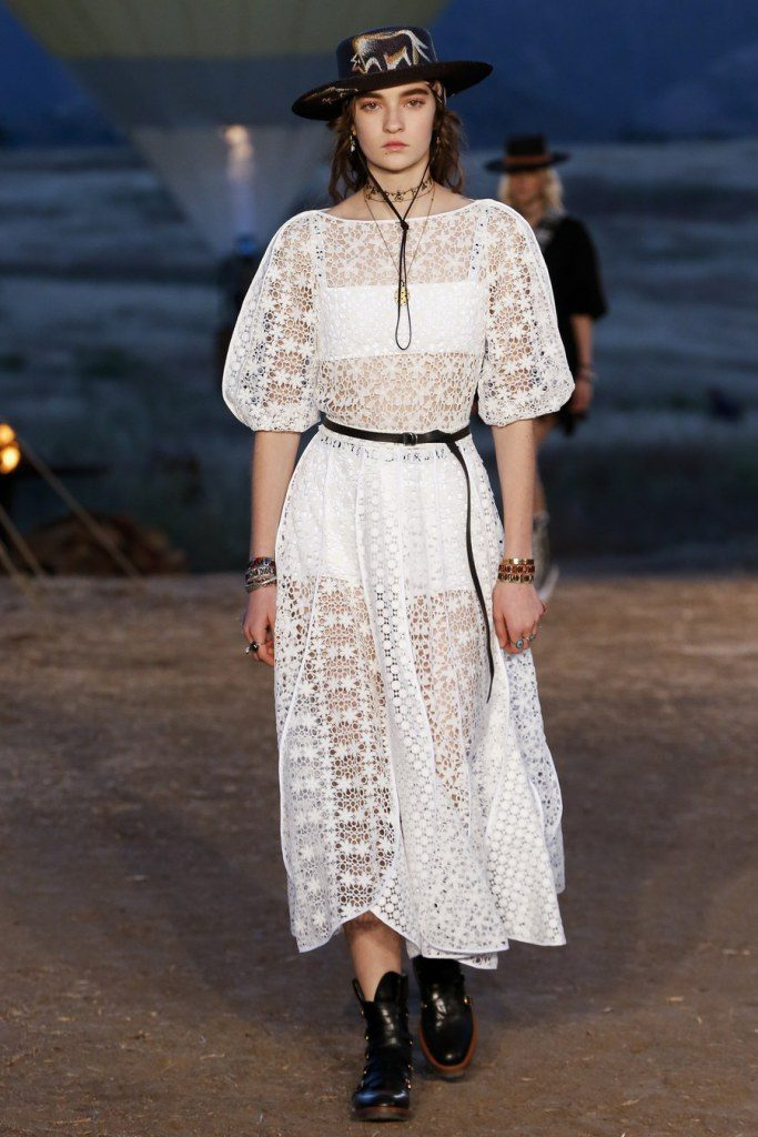 IMG 7025 683x1024 - Christian Dior cruise 2018: Όταν τα cowgirls κάνουν πασαρέλα