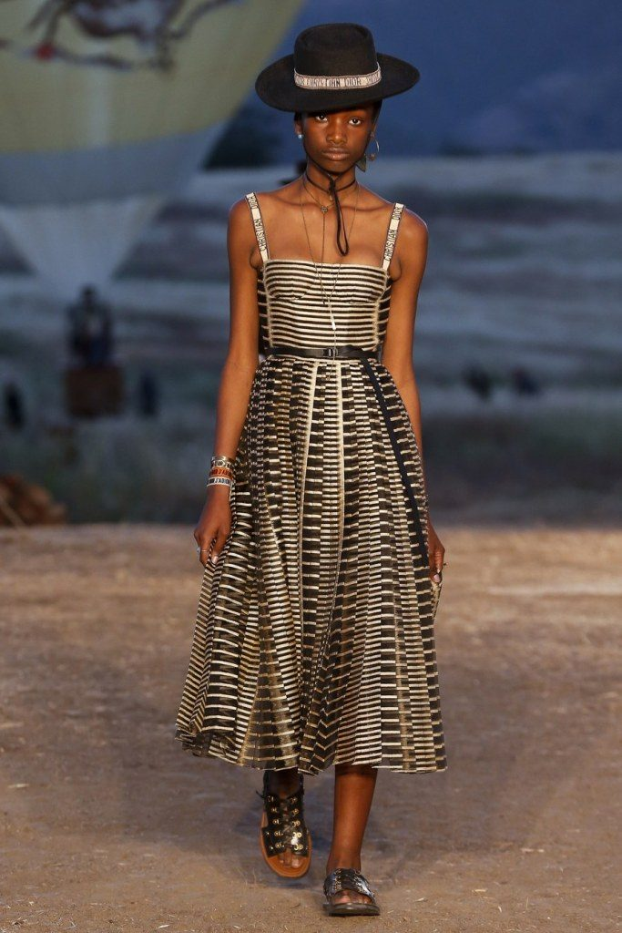 IMG 7032 683x1024 - Christian Dior cruise 2018: Όταν τα cowgirls κάνουν πασαρέλα