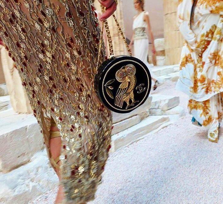 chanel14 - Chanel Cruise 2018: Ο  Καρλ Λάγκερφελντ μας ταξιδεύει στην Αρχαία Ελλάδα