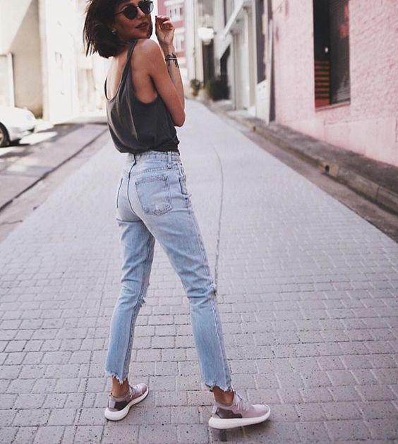 d69535cb37084a2b159d006321155700 - Οι 4 πιο must επιλογές σε jeans,που θα λατρέψεις αυτή τη σεζόν