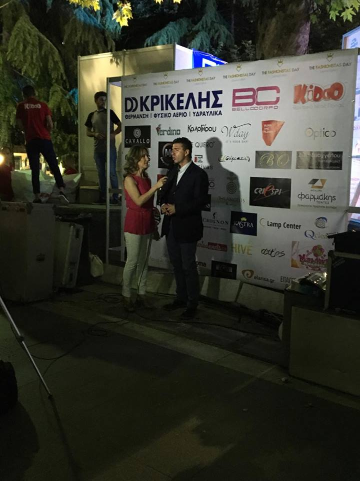 5 - Το μεγαλο Show στο κέντρο της Λάρισας ολοκληρώθηκε με μεγάλη επιτυχία!