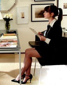 92c10d1ff4ecc048736860bf5f51ba90 - 6 τρόποι να γυμναστείς ενώ κάθεσαι στο γραφείο