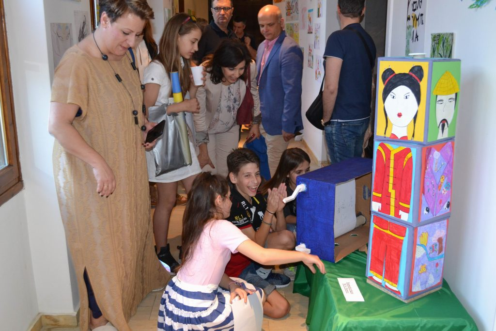 DSC 0148 1024x683 - «Ελλάδα και Κίνα μέσα από τα μάτια των παιδιών» στο Λαογραφικό Μουσείο