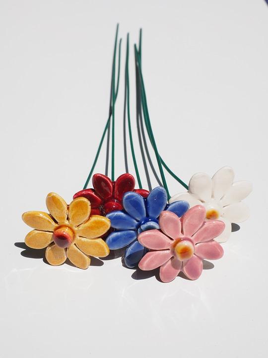 flowers 592854 960 720 - Και η Δημοτική Πινακοθήκη στο Φεστιβάλ Πηνειού