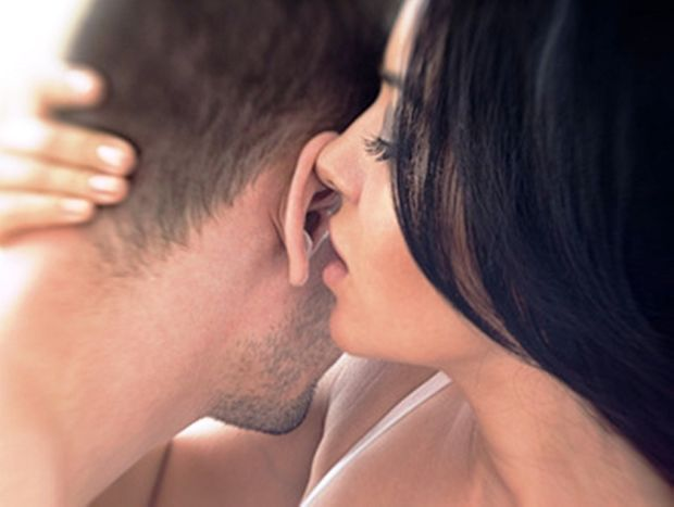 fotolia 70169930 - Ζώδια και SEX | Ποια «ανάβουν», όταν τους «μιλάς βρώμικα»