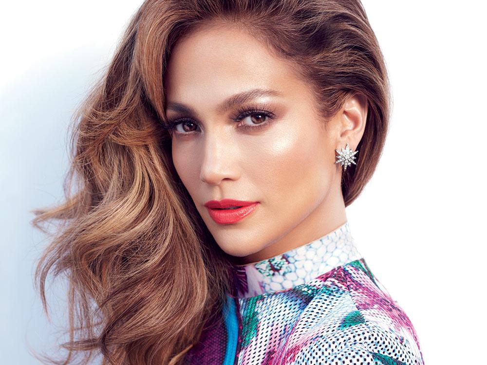 jlo2 - Η Jennifer Lopez φέρνει τους διάσημους γλουτούς της και πάλι στο προσκήνιο