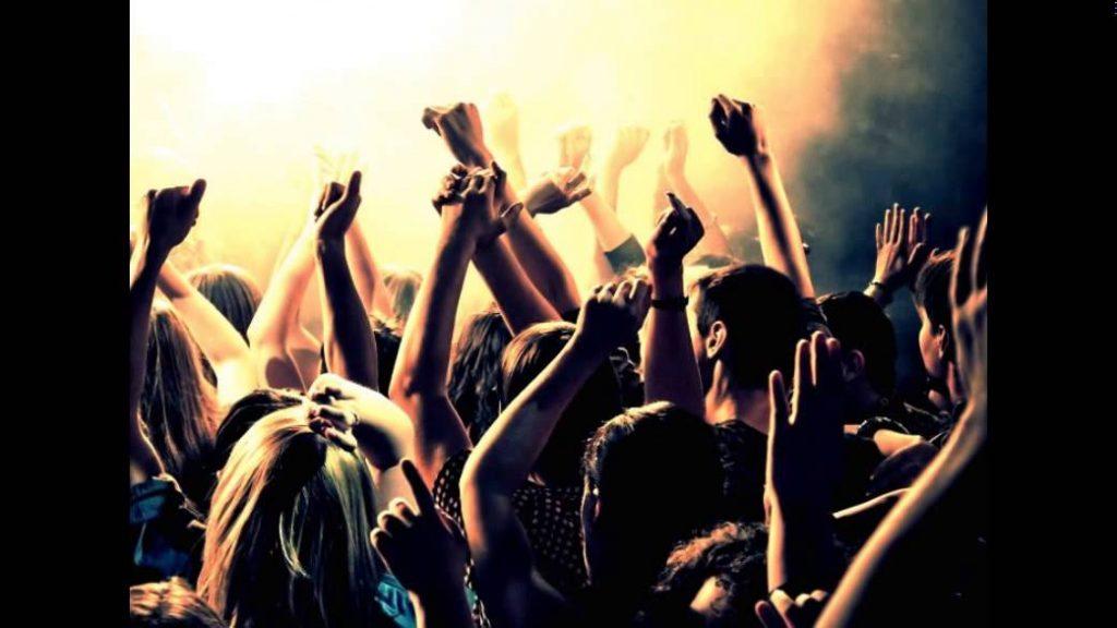 maxresdefault 1 1024x576 - Το πιο διάσημο πάρτι του Hollywood θα γίνει αυτό το Σαββατοκύριακο στη Μύκονο;