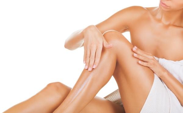 shutterstock 130133654 600x371 - Home Spa: Μεταμόρφωσε το βραδινό σου μπάνιο στην απόλυτη εμπειρία ομορφιάς και χαλάρωσης