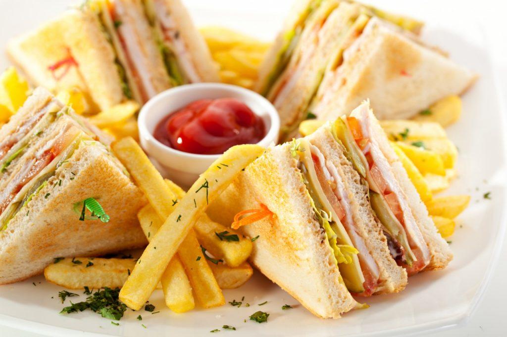 แฟรนไชส์อาหารทานเล่น รวม 10 แบรนด์น่าลงทุน 1 1024x682 - Pisina Summer Cofee Bar | Η πιο δροσερή νότα της πόλης