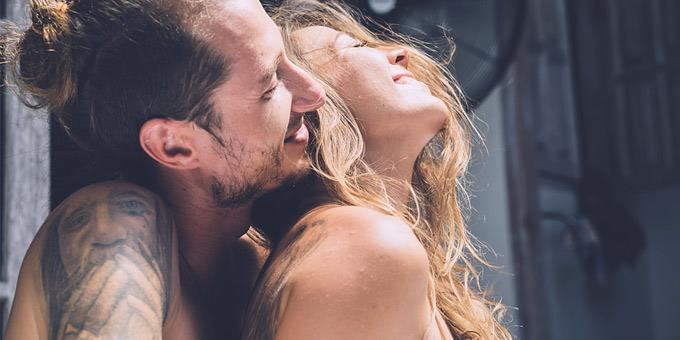 1102293 kalokairi sex 680 - Καλοκαιρινό σεξ: Τα υπέρ και τα κατά