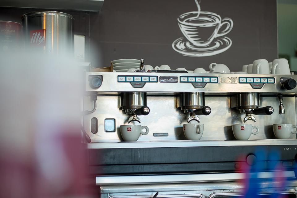 2 - Feka Too | Εδώ κάνεις στάση για τον καφέ σου!