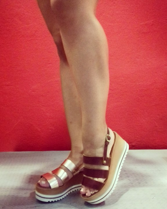 2argiropoulos - Από που να αγοράσεις τα πιο stylish πέδιλα στη Λάρισα