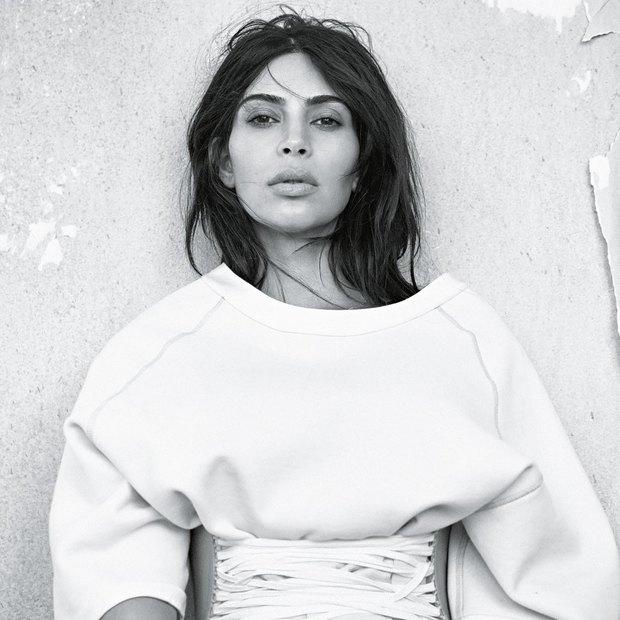 Vogue Australia June 2016 Kim Kardashian West by Lachlan Bailey 02 - Οι φωτογραφίες της Kim Kardashian με κυτταρίτιδα και η αναπάντεχη απάντησή της