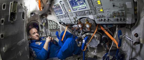 n INSIDE THE SPACE STATION large570 - Πλέον το Google Street View μας αφήνει να κάνουμε βόλτα μέσα στο Διεθνή Διαστημικό Σταθμό