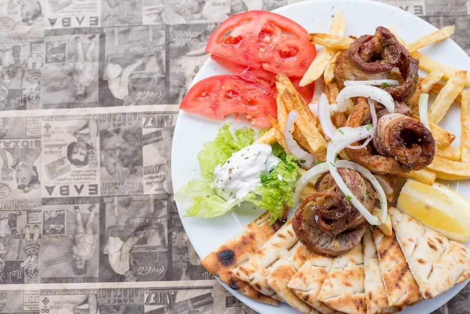 panseta 2 - Ανεβαίνεις Φρούριο; Για φαγητό στου Κυρ Χρήστου!