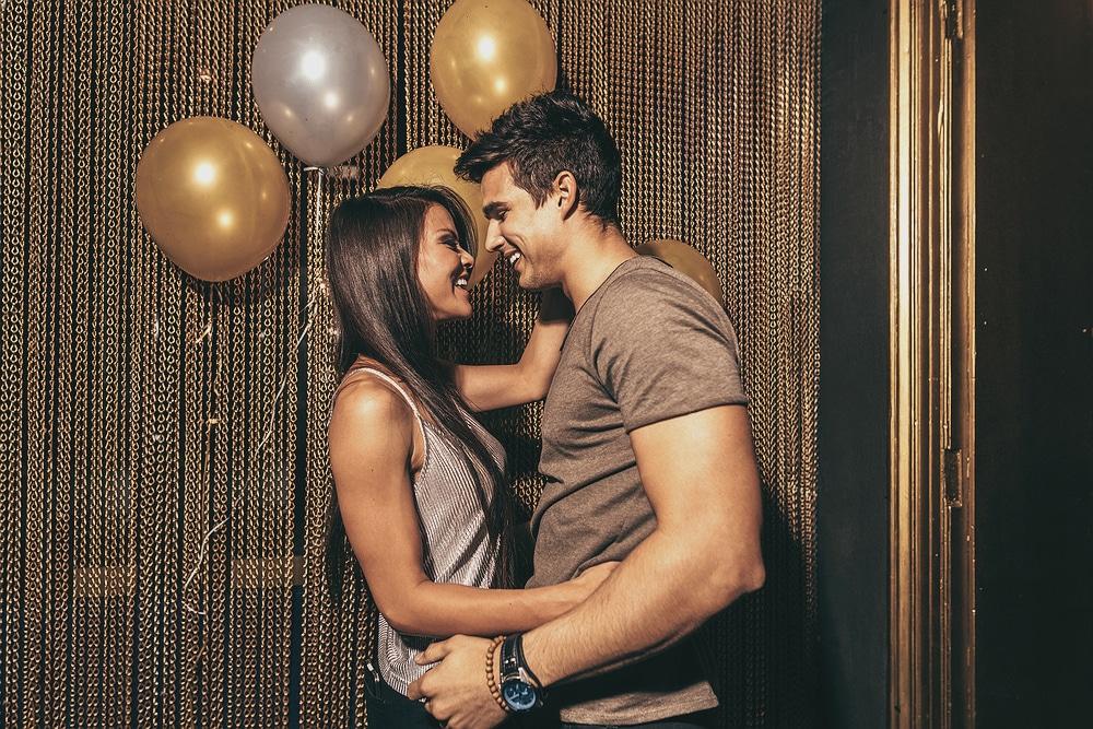 shutterstock 596087138jpg m9gf - Τι είναι πιο σημαντικό από το σεξ σε μια σχέση