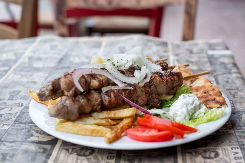 soyvlaki 4 - Ανεβαίνεις Φρούριο; Για φαγητό στου Κυρ Χρήστου!