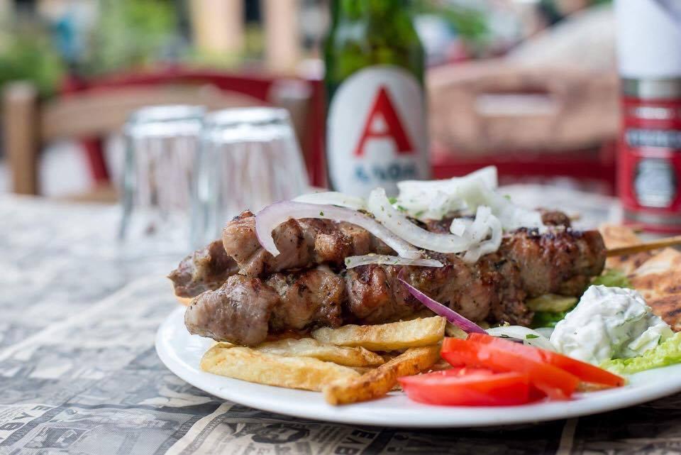 soyvlaki 5 - Ανεβαίνεις Φρούριο; Για φαγητό στου Κυρ Χρήστου!
