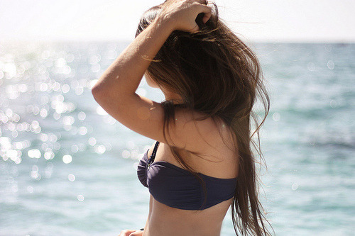 tumblr lw37lzoKc41r8782wo1 500 - Bρήκαμε ένα ακραίο κόλπο για να ισιώσεις μαλλιά σου φυσικά!