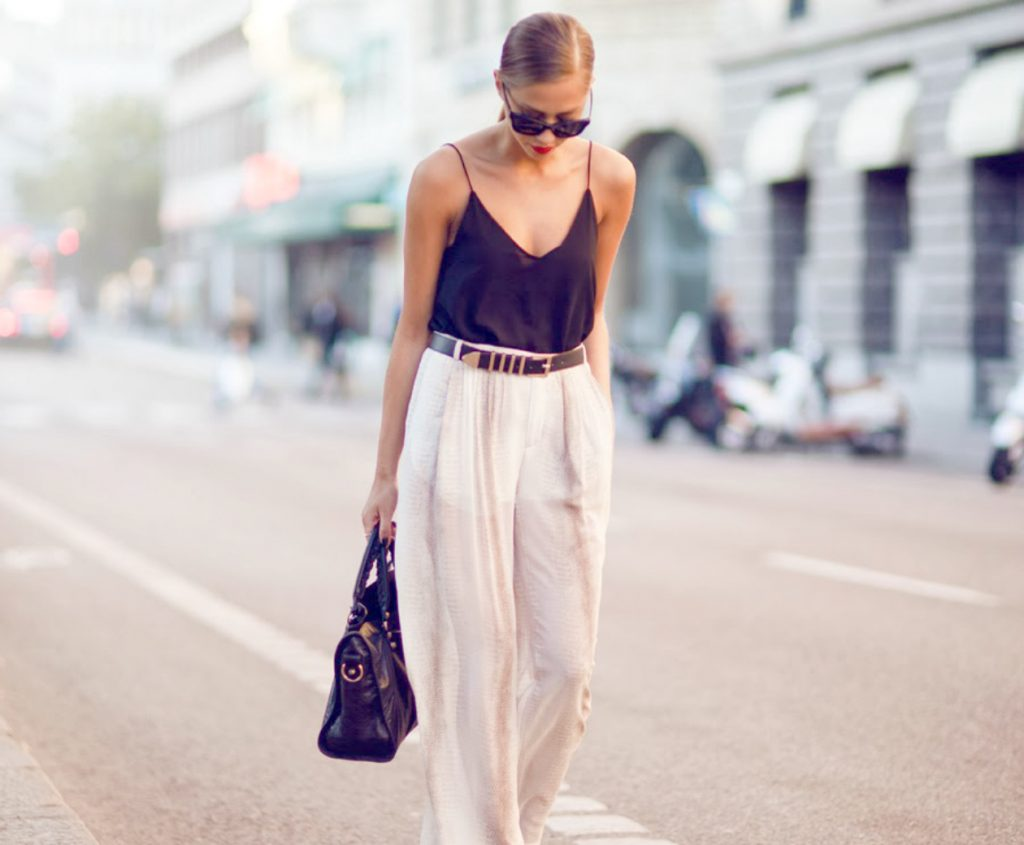 white pants 1024x845 - 12 λευκά παντελόνια και 3 tips για να τα φορέσεις σωστά