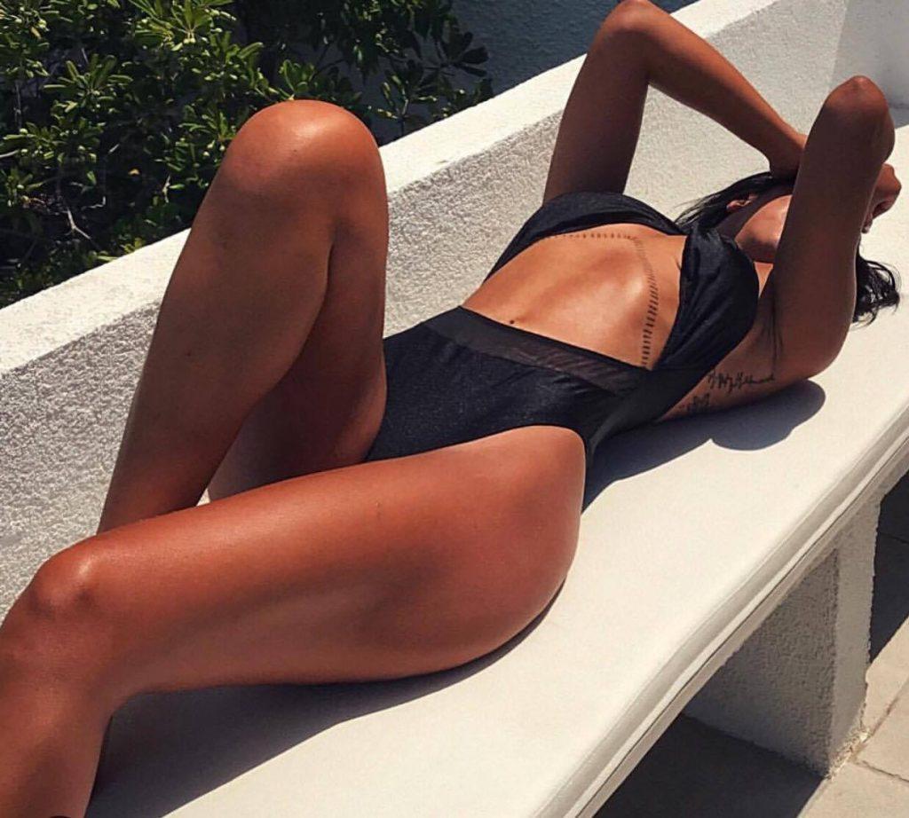 20662663 10203627727370890 888326724 o 1024x922 - Τα 5 κορίτσια που πρέπει να ακολουθήσεις στο ελληνικό Instagram!